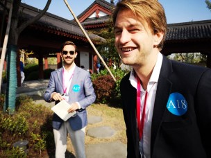 Axel Zeiner og Mathias Elvestad vant bronsje og sølv for sine prosjekter Avox og Aquafit under China College Students' Entrepreneurship Competition (CCESC).