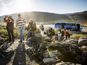 Bussturister i Lebesby, Finnmark.