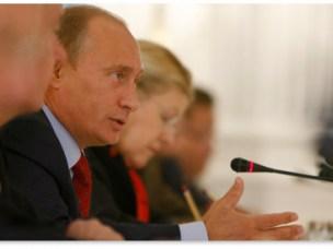 Vladimir Putin with Yelena Mizulina.
