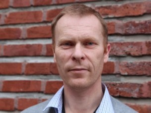 Harald Carlsen forsker på bakterieflora i tarmen.
