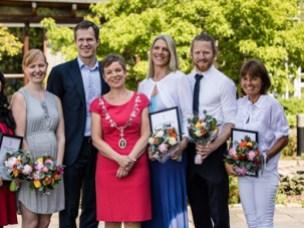 Prize winners: Erlend Skraastad (f.v), Ying Cheng, Henriette Cecilie Jodal, visepresident Christer Mjåset, president Marit Hermansen, Christina Søyland Hassfjell, Erlend Rønningen og Cecilie Piene Schrøder.