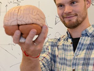 Lager datasimuleringer av hjerneaktivitet - Torbjørn Vefferstad Ness, 18. desember